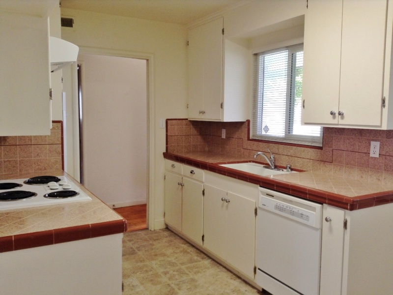 1500 Cushman Street, Hollister, California 95023, 3 Bedrooms Bedrooms, ,2 BathroomsBathrooms,Home,For Rent,Cushman Street,1059