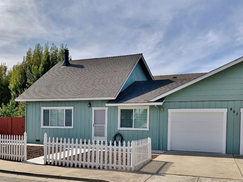 803-B Marentis Court, San Juan Bautista, California 95045, 2 Bedrooms Bedrooms, ,2 BathroomsBathrooms,Duplex,For Rent,Marentis Court,1061