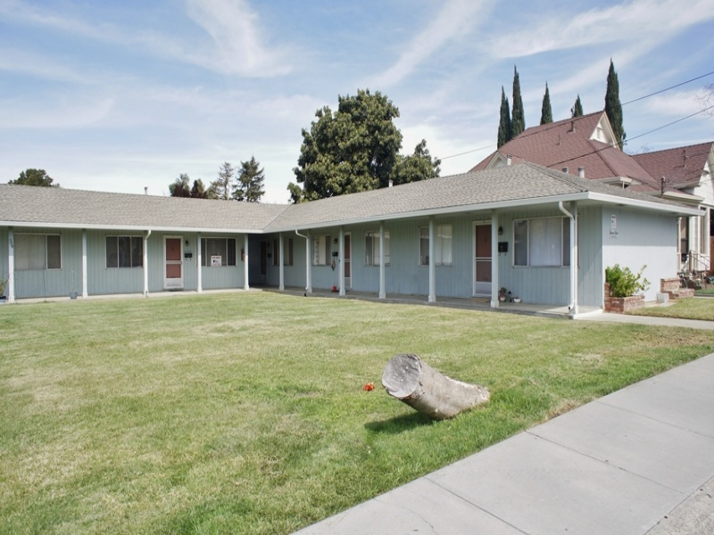 350 Richardson Drive, Hollister, California 95023, 1 Bedroom Bedrooms, ,1 BathroomBathrooms,Apartment,For Rent,Richardson Drive,1068